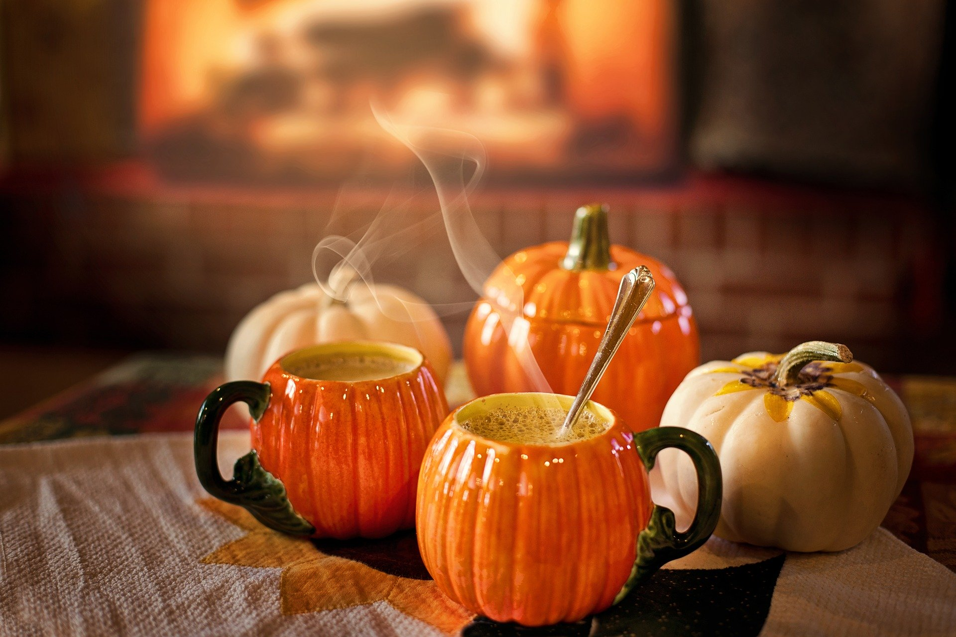 Your Fave Fall Drink Will Decide What You Read Next!